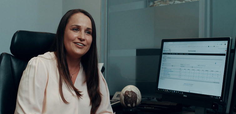 secretarial-video-screenshot-hd